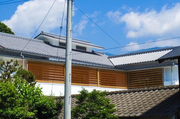 可動ルーバー導入実績:愛媛県J住宅