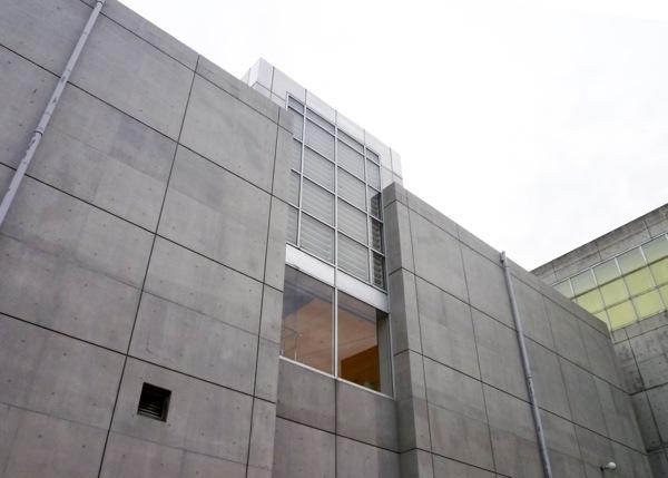 可動ルーバー導入実績:群馬県立近代美術館