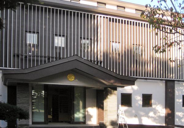 可動ルーバー導入実績:北海道TY寺