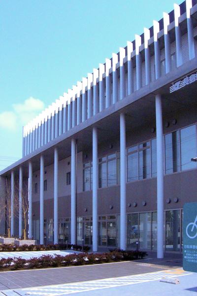 可動ルーバー導入実績:葛西長島桑川コミュニティ会館