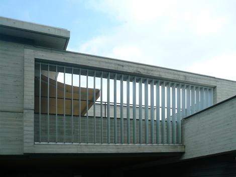 可動ルーバー導入実績:岡山県住吉の家