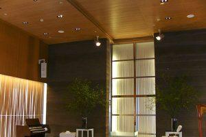 可動ルーバー導入実績:ホテルアークリッシュブライダル音楽堂